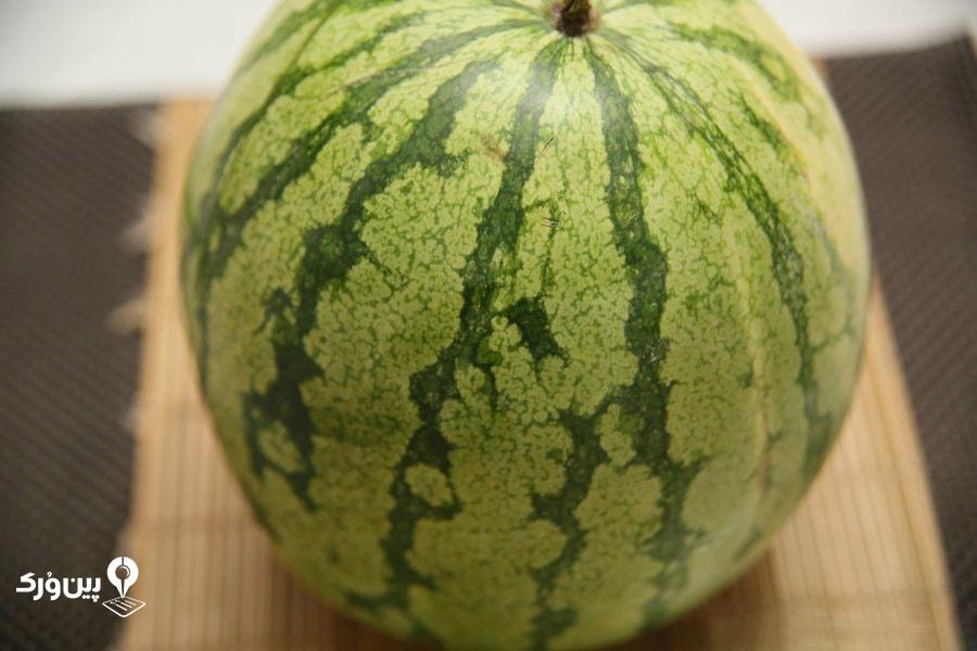 تشخیص هندوانه قرمز و آبدار با توجه به رنگ آن