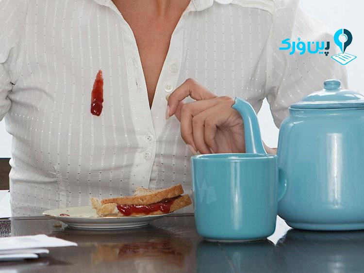 از بین بردن لکه سس از روی لباس، پس از خشک شدن لکه