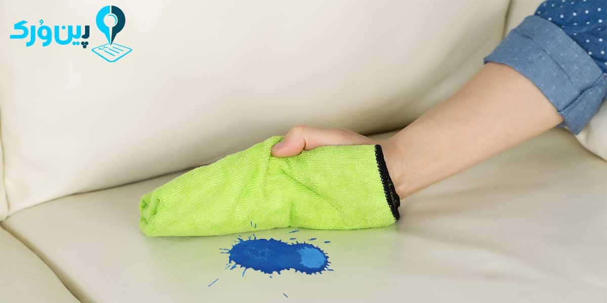 پاک کردن لک آکریلیک از لباس و مبل