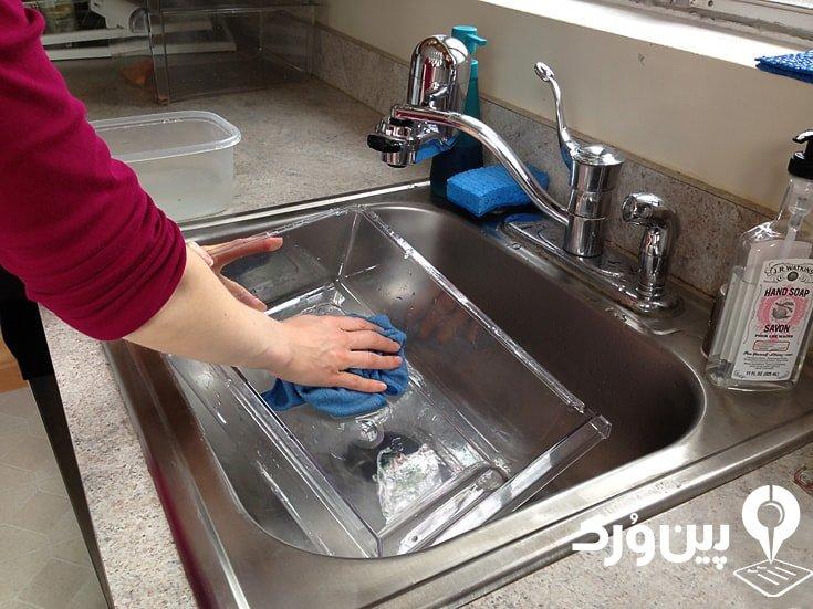 تمیز کردن کشوهای یخچال