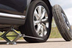 پنچر شدن لاستیک به هنگام رانندگی